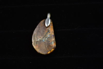 aus opal pend back