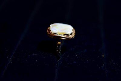 opal ring side
