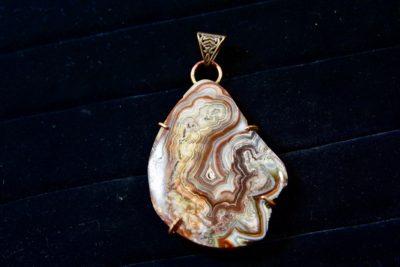 Crazy Lace Agate pendant